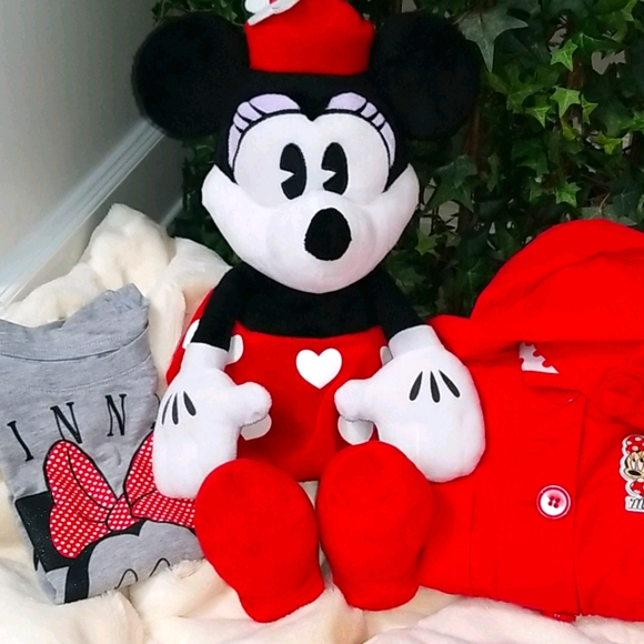 Minnie Mouse/Disney Doll, Jacket, & Shirt 4-5 YRS